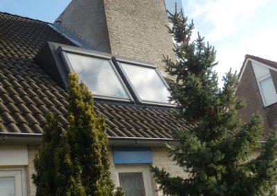 Baskapel geinstalleerd op dak