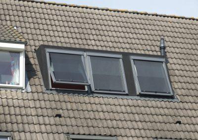 Baskapel naast dakkapel